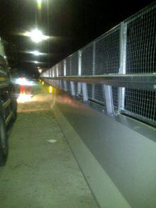 Sovrappasso di Corso Stupinigi.  Barriera New Jersey integrata con pannello fonoassorbente